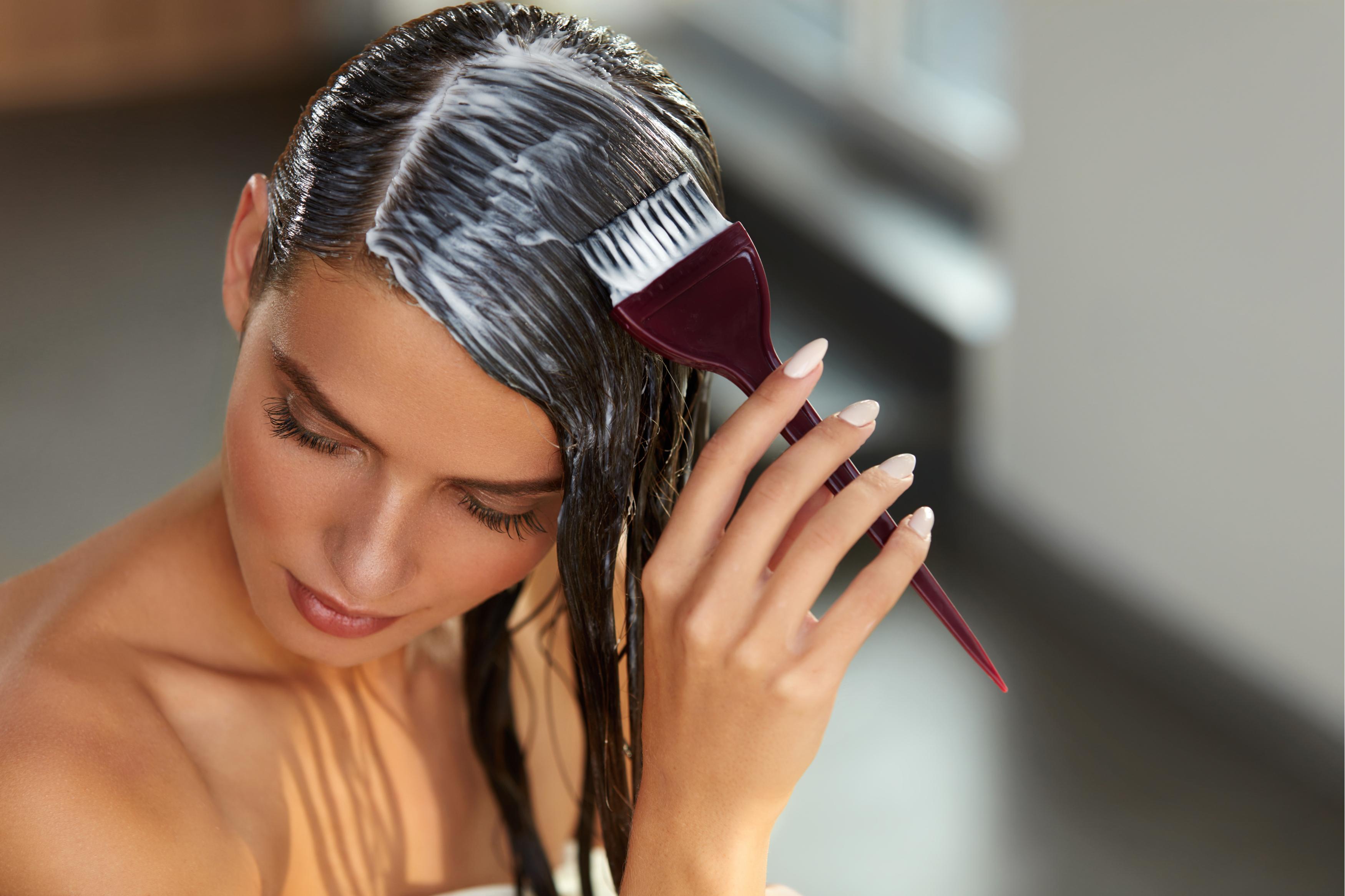 Маски для волос: делаем локоны здоровыми и красивыми