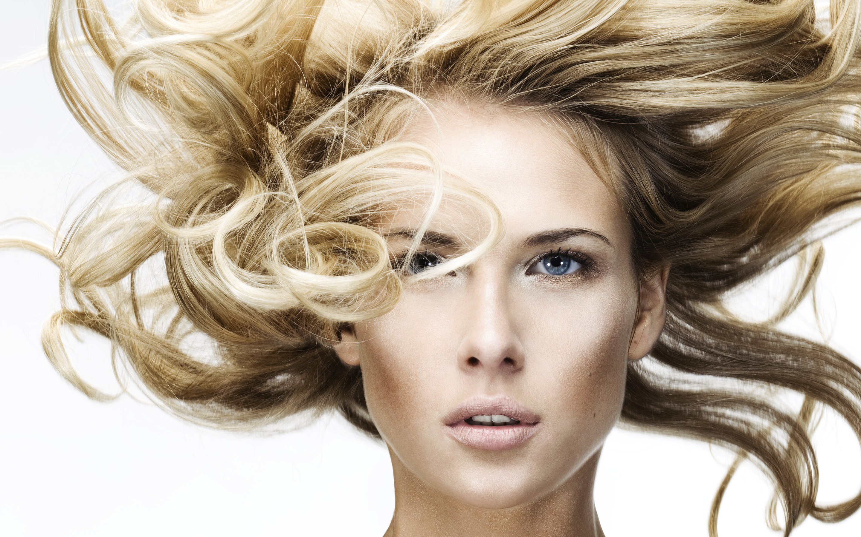 Уход за тонкими волосами: секреты «пышной» красоты